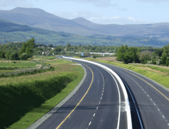10 Essential Motorway Driving Tips