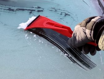 9 Things to Keep in Your Car During Winter